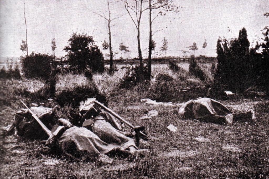 German casualties from machine gun fire