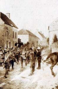 4th (Guards) Brigade passing French cuirassiers (photo by Captain David Baird, ADC to General Haig)