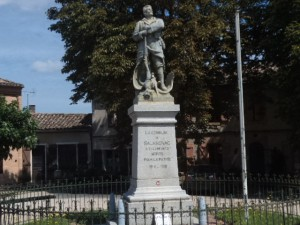 War Memorial in Salvagnac.