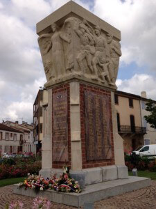 War Memorial in Moissac.