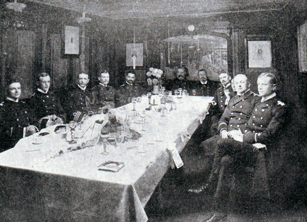 German naval officers at dinner in the wardroom: Battle of Coronel on 1st November 1914 in the First World War