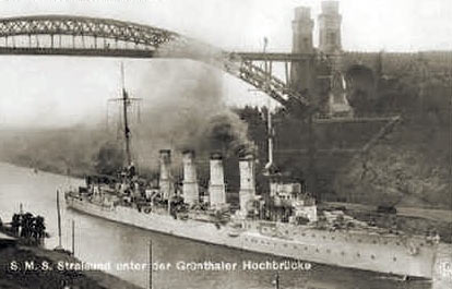 German light cruiser SMS Stralsund, passing through the Kiel Canal. Stralsund was one of the German ships that attacked the British destroyers in the Battle of Heligoland Bight on 28th August 1914.