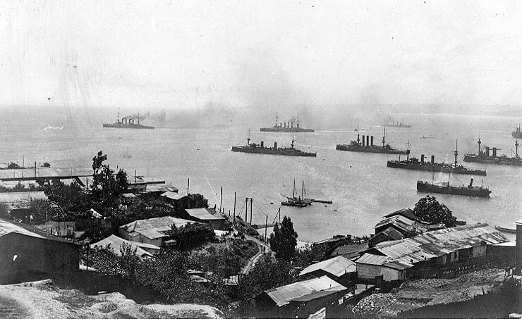 Admiral von Spee's squadron leaving Valparaiso on 3rd November 1914:Battle of the Falkland Islands on 8th December 1914 in the First World War