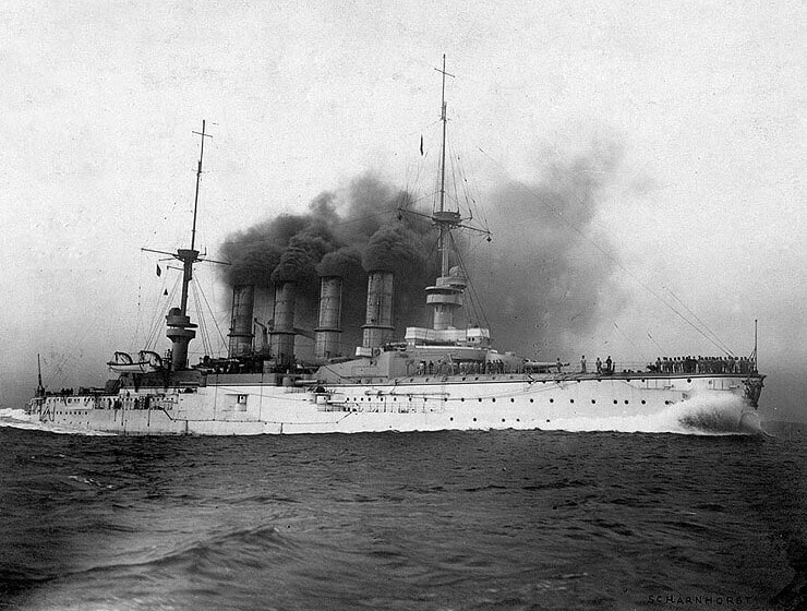 SMS Scharnhorst at sea:Battle of the Falkland Islands on 8th December 1914 in the First World War