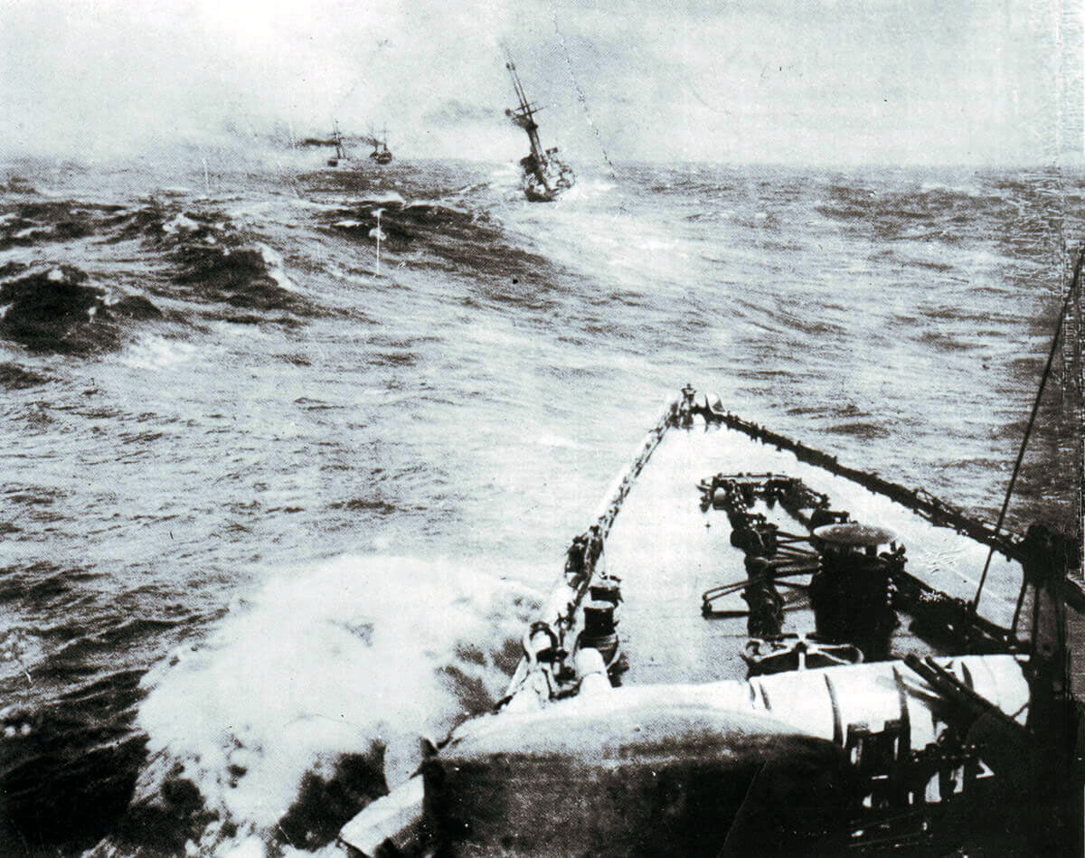 Admiral von Spee's squadron in line ahead off Chile in late November 1914: SMS Scharnhorst (the most distant ship), SMS Gneisenau, SMS Leipzig, SMS Nürnberg and SMS Dresden (in the foreground):Battle of the Falkland Islands on 8th December 1914 in the First World War
