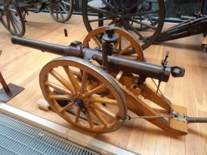 British 10 pounder jointed RBL mountain gun 'Screw Gun'