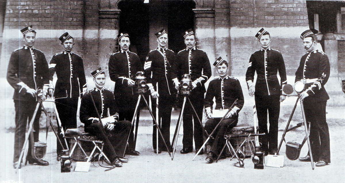 Signallers of 1st Scots Guards