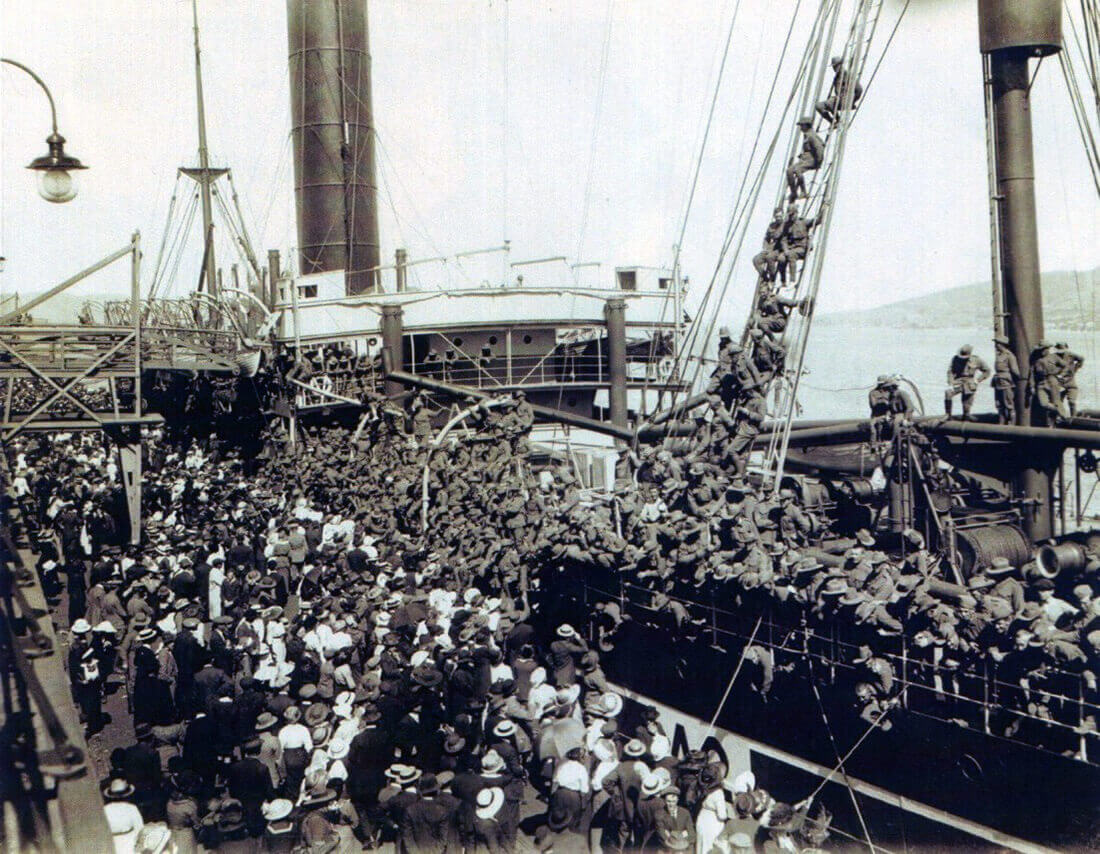 The Australian troop transport SS Geelong leaving Hobart in Tasmania on 20th October 1914 with 12th Battalion, 9th Battery 3rd RFA Brigade and C Squadron 3rd Light Horse, Australian Imperial Force