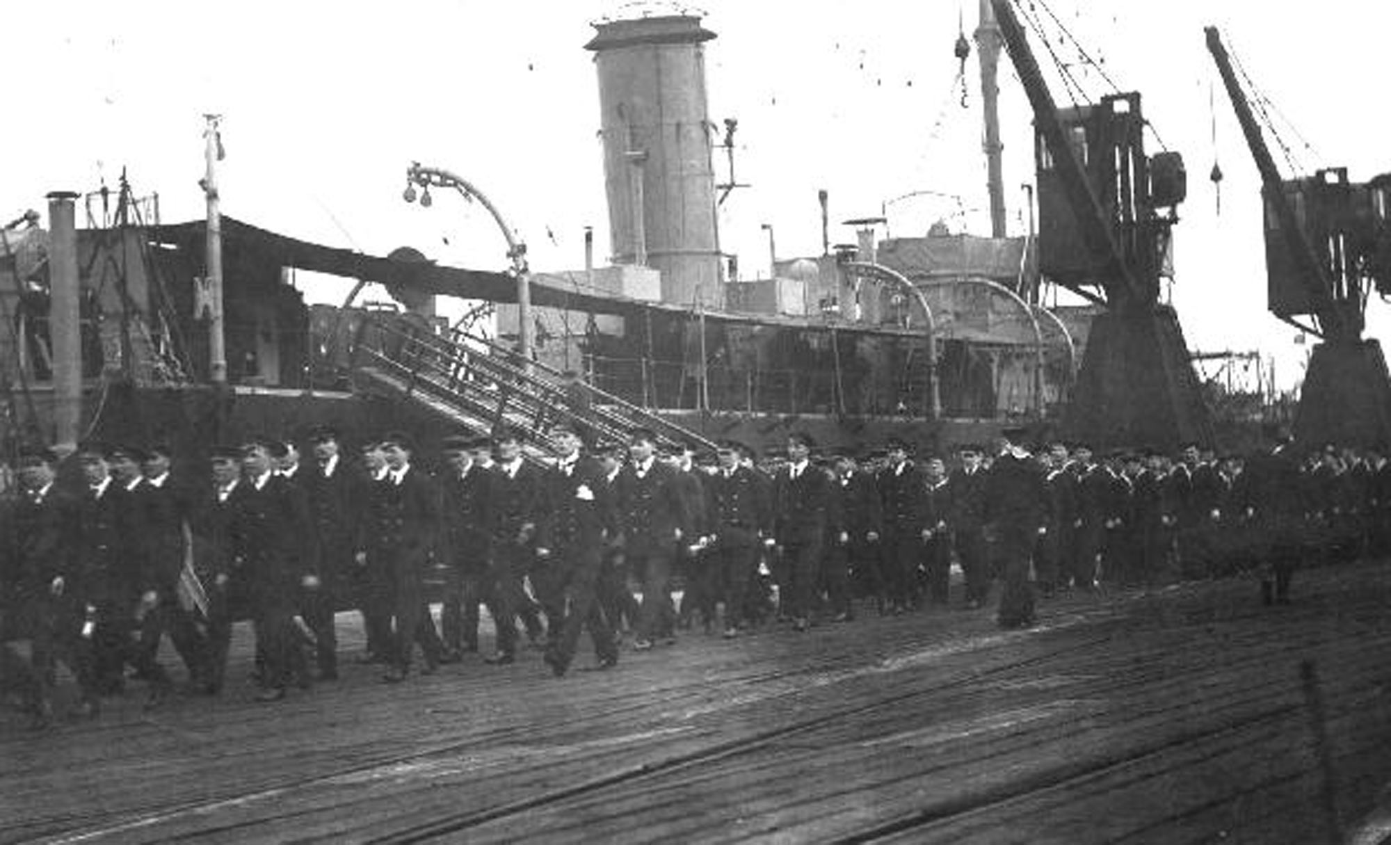 Part of the crew of HMS Canterbury in 1916: Lieutenant Cuthbert Coppinger DSC RN is not obviously in the photograph