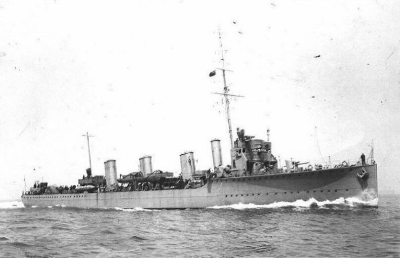 British Flotilla Leader HMS Tipperary. Tipperary was sunk at the Battle of Jutland 31st May 1916 leading the 4th Destroyer Flotilla