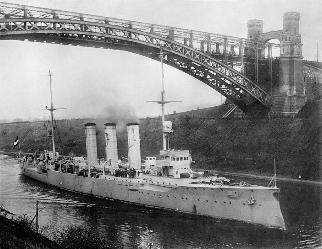 Kiel Canal, a German light cruiser SMS Dresden passing through before the First World War. Dresden fought at Coronel and the Falkland Islands being finally cornered and scuttled in 1915