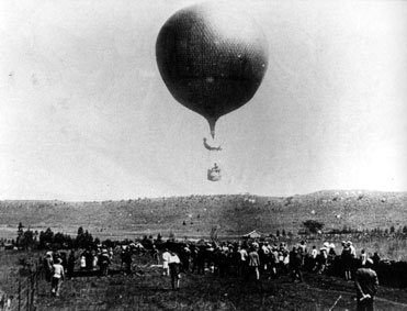 The Ladysmith Balloon: Siege of Ladysmith, 2nd November 1899 to 27th February 1900 in the Great Boer War