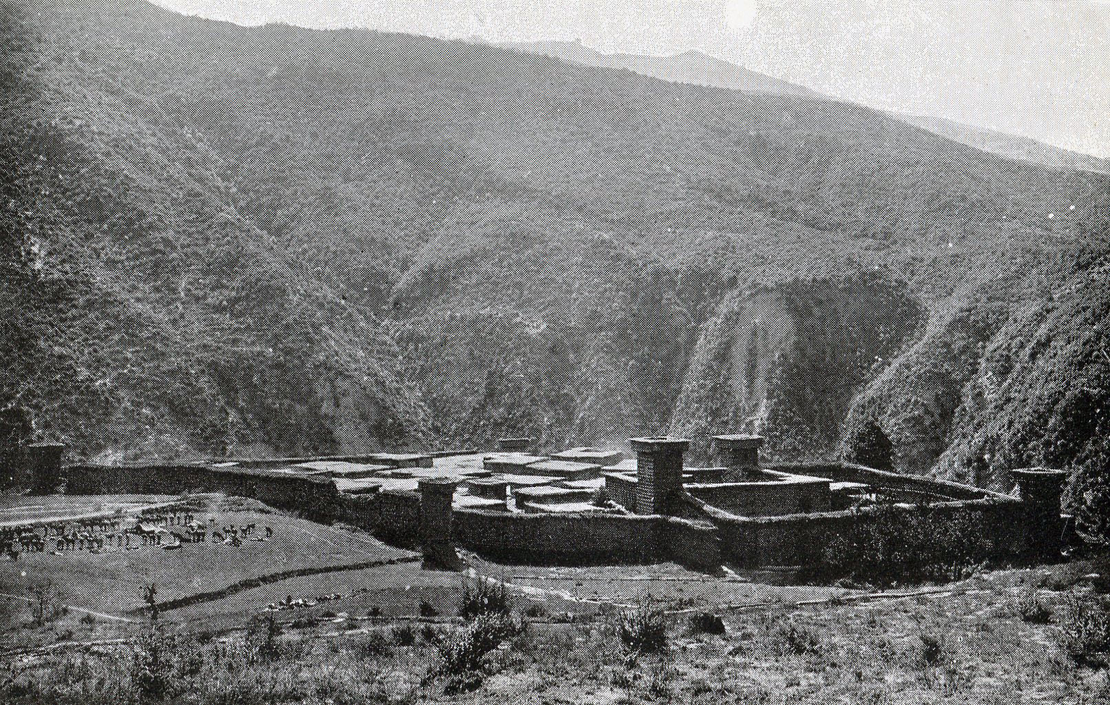 Dir Fort: Siege and Relief of Chitral, 3rd March to 20th April 1895 on the North-West Frontier of India