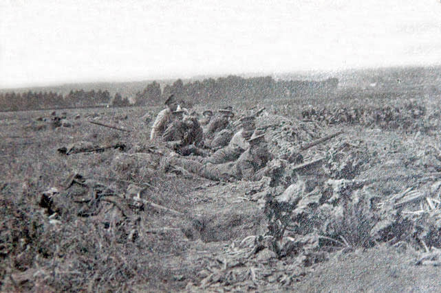 Soldiers of 1st East Lancashire Regiment outside Solesmes on 25th August 1914: Battle of Le Cateau on 26th August 1914 in the First World War