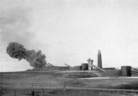 Fortifications on the German island of Heligoland in 1914: Battle of Heligoland Bight on 28th August 1914 in the First World War