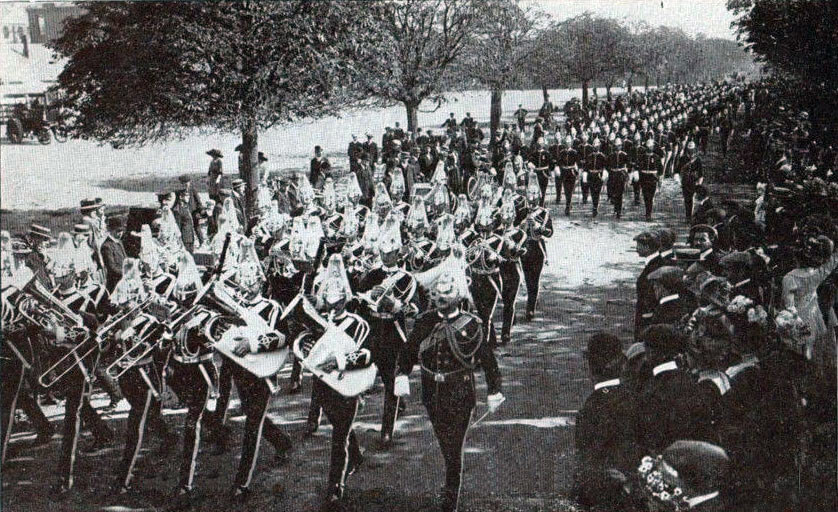 Queen's Bays at church parade in Aldershot before the Great War: Battle of Néry on 1st September 1914 in the First World War
