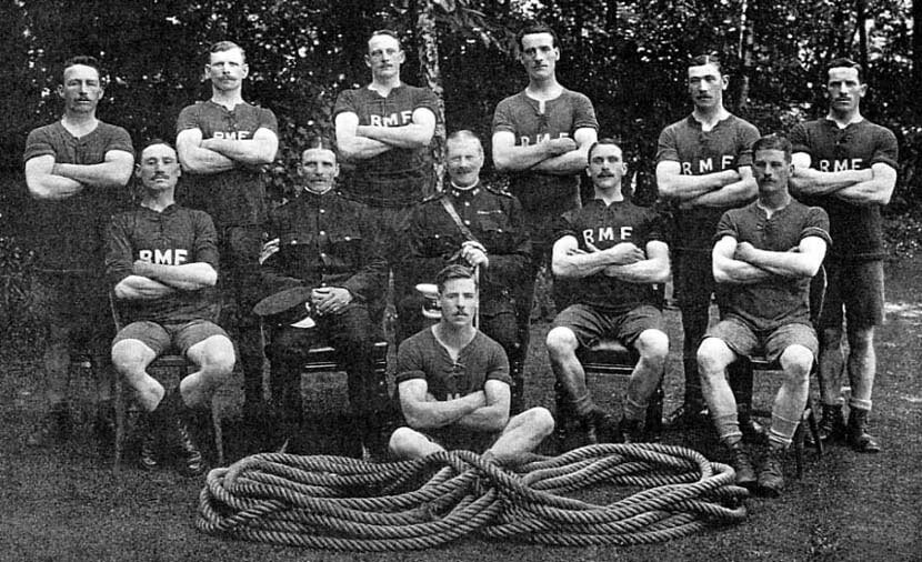 Tug of War team of 2nd Royal Munster Fusiliers in Tidworth in 1912: Battle of Étreux on 27th August 1914 in the First World War