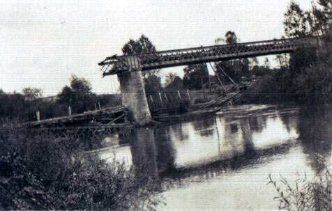 The demolished bridge at Bourg (photo by Captain Harry Baird, ADC to General Haig): Battle of the Aisne, 10th to 13th September 1914 in the First World War