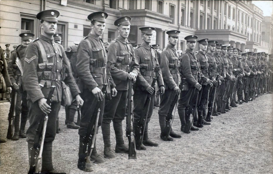 2nd Grenadier Guards parading at Wellington Barracks before leaving for France: Battle of Villers Cottérêts on 1st September 1914 in the First World War