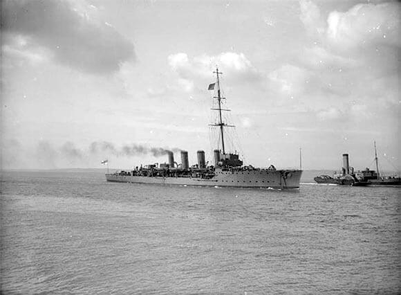 British light cruiser HMS Fearless. Fearless led the 1st Destroyer Flotilla in the Battle of Heligoland Bight on 28th August 1914 in the First World War