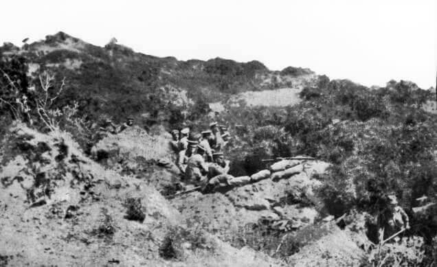 Australian or New Zealand trenches above Anzac Cove on Gallipoli 25th April 1915: Gallipoli Part III, ANZAC landing on 25th April 1915 in the First World War