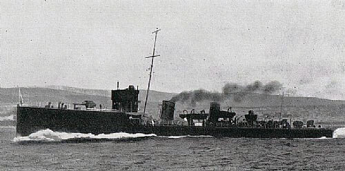 British destroyer HMS Lurcher, flagship of Commodore Keyes RN in the Battle of Heligoland Bight on 28th August 1914 in the First World War