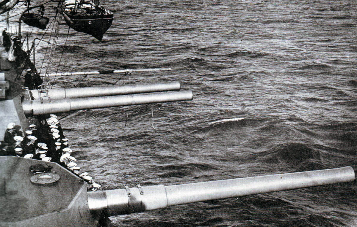 Guns of HMS Lord Nelson: Lord Nelson, a British pre-Dreadnought battleship, took part in the attacks on the Dardanelles: Gallipoli campaign Part I: the Naval Bombardment, March 1915 in the First World War