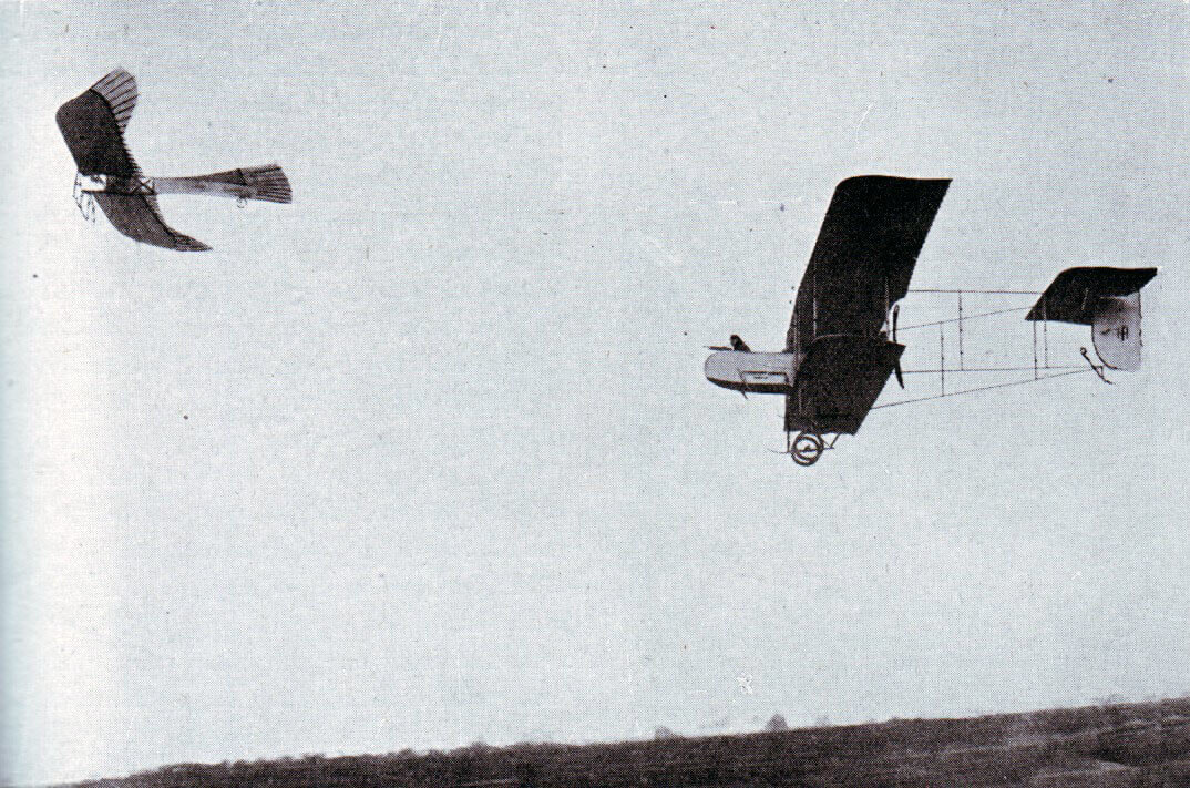 French aircraft chasing a German Taube: Battle of the Aisne, 10th to 13th September 1914 in the First World War
