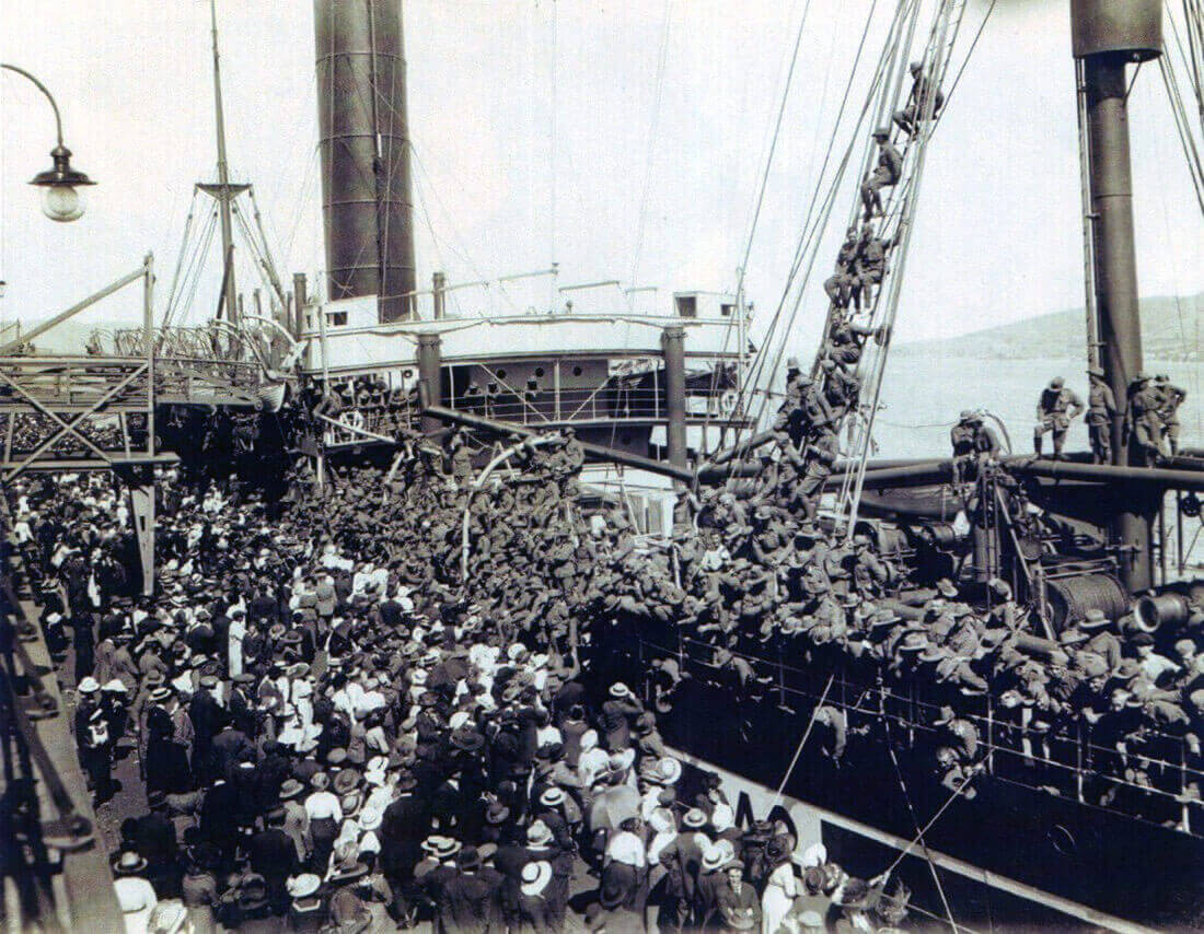 Australian troop transport SS Geelong leaving Hobart in Tasmania on 20th October 1914 with 12th Battalion, 9th Battery 3rd RFA Brigade and C Squadron 3rd Light Horse, Australian Imperial Force: Gallipoli Part II, March 1915 to January 1916 in the First World War
