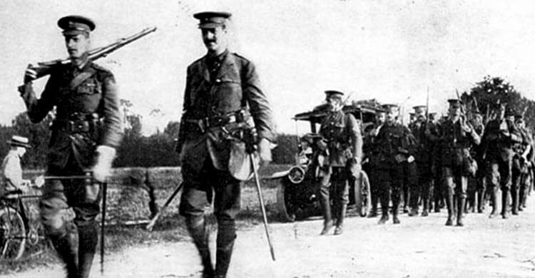 Lieutenant Colonel Corry leading 2nd Grenadier Guards in France in August 1914: Battle of Villers Cottérêts on 1st September 1914 in the First World War