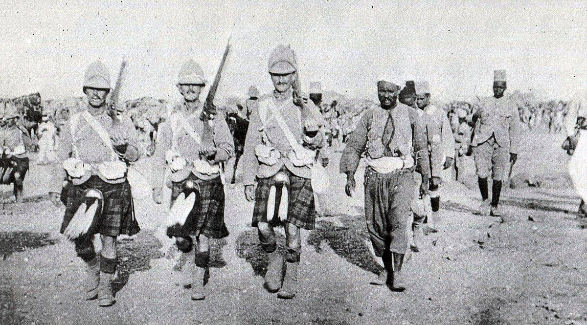 Cameron Highlanders with Egyptian and Sudanese troops: Battle of Atbara on 8th April 1898 in the Sudanese War