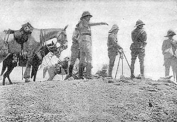 The Sirdar gesturing during the Battle of Omdurman on 2nd September 1898 in the Sudanese War