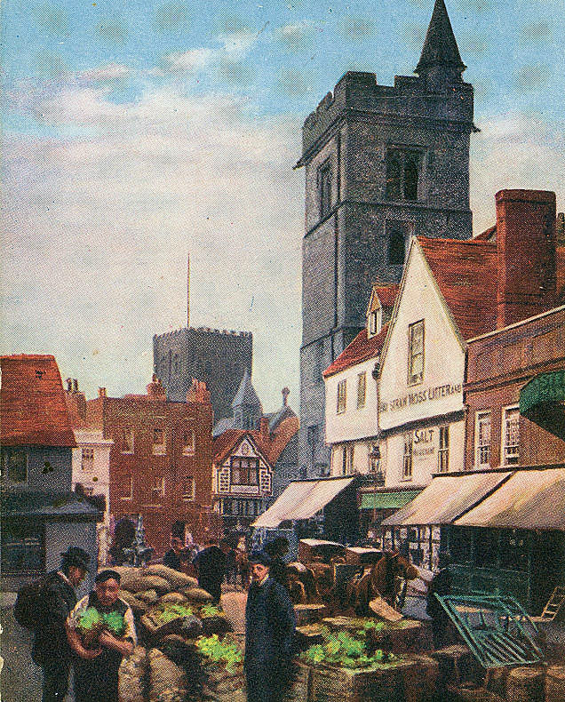 Clock Tower in the centre of the city: Second Battle of St Albans, fought on 17th February 1461 in the Wars of the Roses