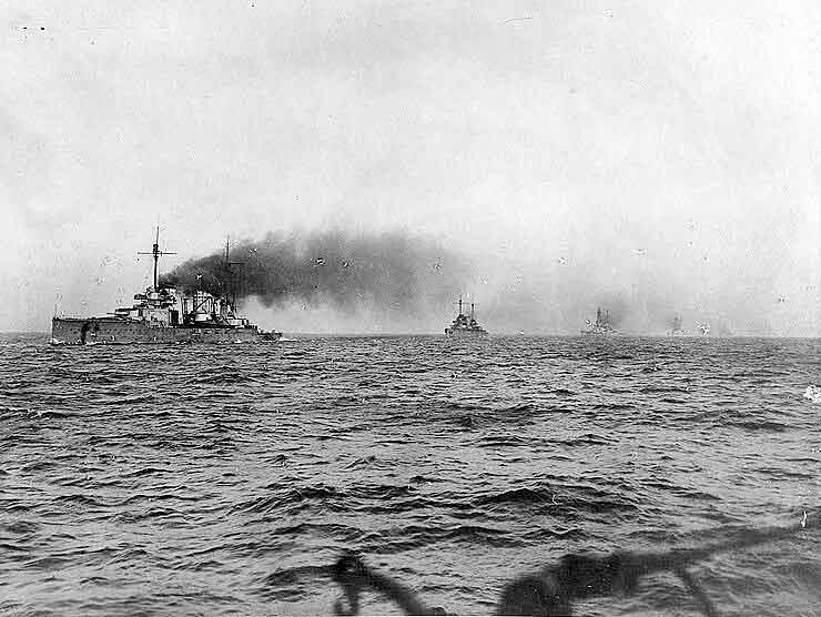 German battle cruisers: SMS Seydlitz leads SMS Moltke, Hindenburg, Derfflinger and Von der Tann into Scapa Flow on the German surrender in 1918. Of these ships Seydlitz, Moltke and Derfflinger fought at the Battle of Dogger Bank on 24th January 1915 in the First World War