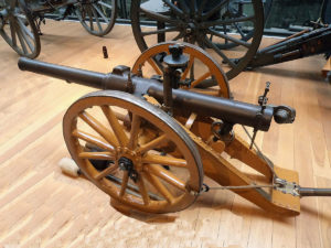 British 10 pounder jointed RBL mountain gun 'Screw Gun'