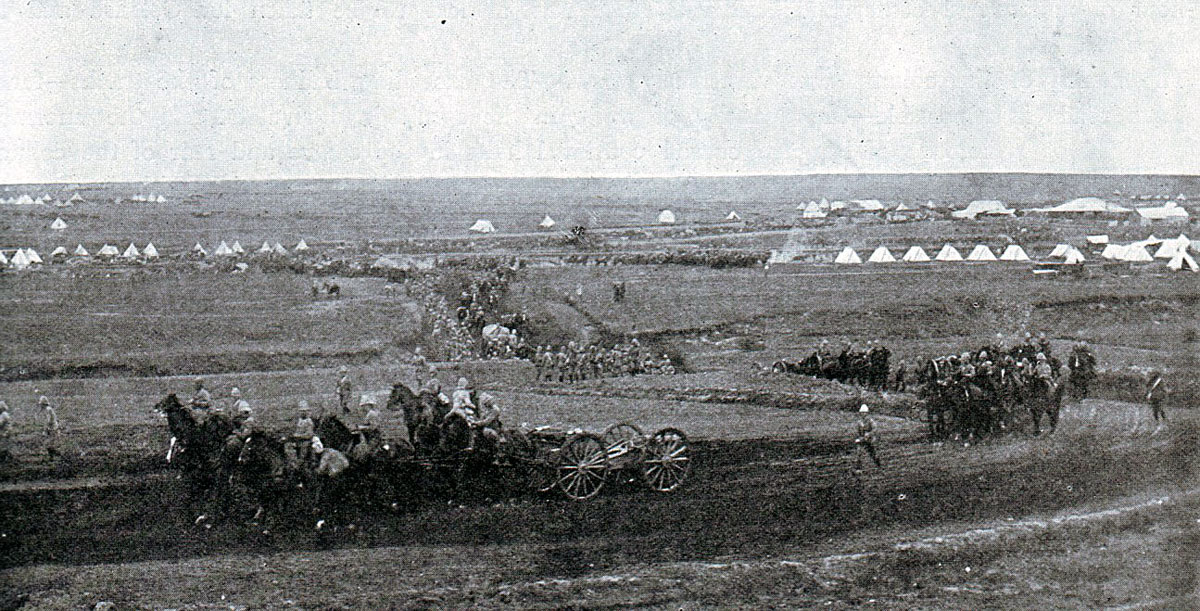 General Warren's Division leaving Frere Camp before the Battle of Spion Kop on 24th January 1900 in the Boer War