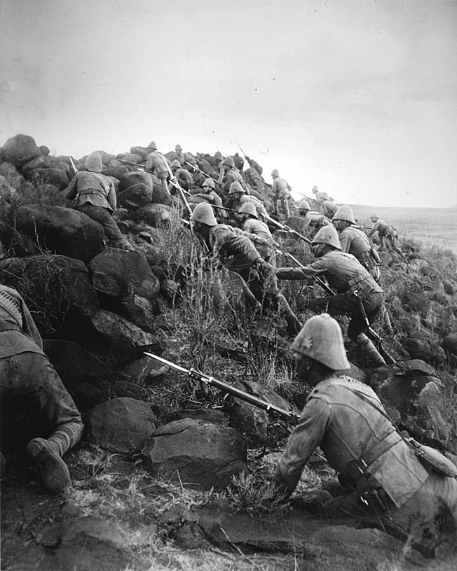 Canadian Infantry during the Battle of Paardeberg on 27th February 1900 in the Great Boer War