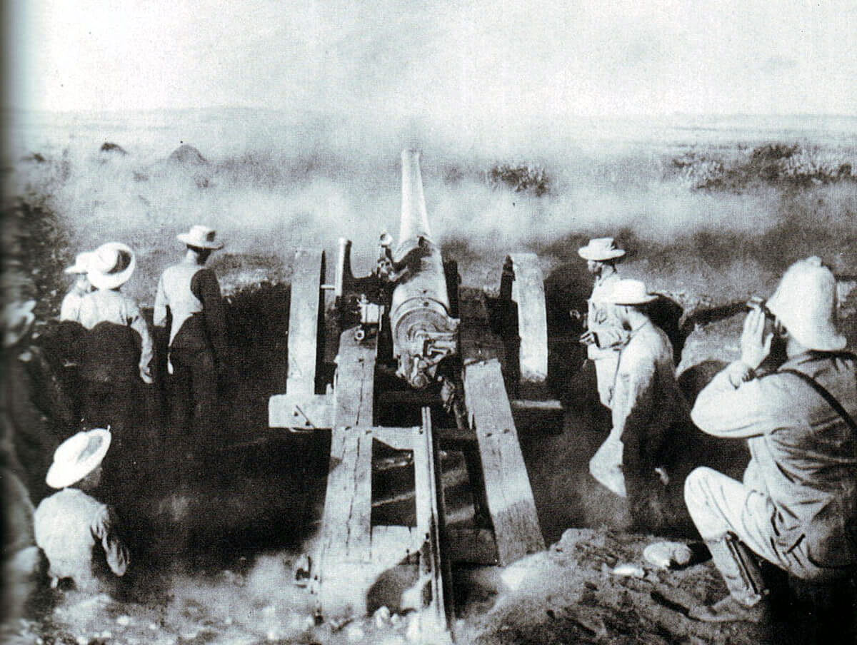 Naval 4.7 inch gun 'Joe Chamberlain' firing at the Boers at the Battle of Magersfontein on 11th December 1899 in the Boer War