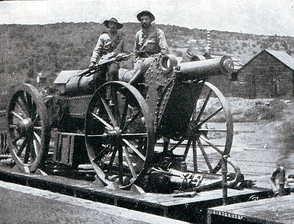 Boer Creusot 15 cm (6 inch) field gun, one of the guns used at the Battle of Magersfontein on 11th December 1899 in the Boer War