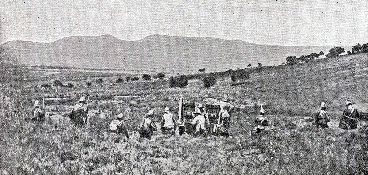 1st Durham Light Infantry moving through the gun line to attack Val Krantz: Battle of Val Krantz on 5th February 1900 in the Great Boer War