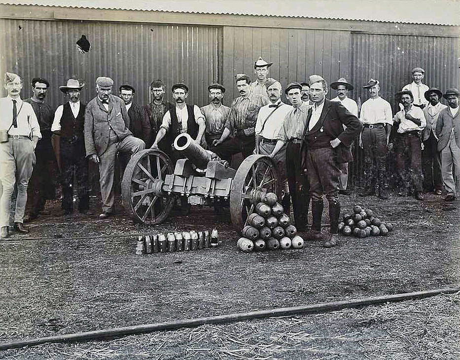 'Wolf' howitzer made in Mafeking: Siege of Mafeking 14th October 1899 to 16th May 1900 in the Great Boer War